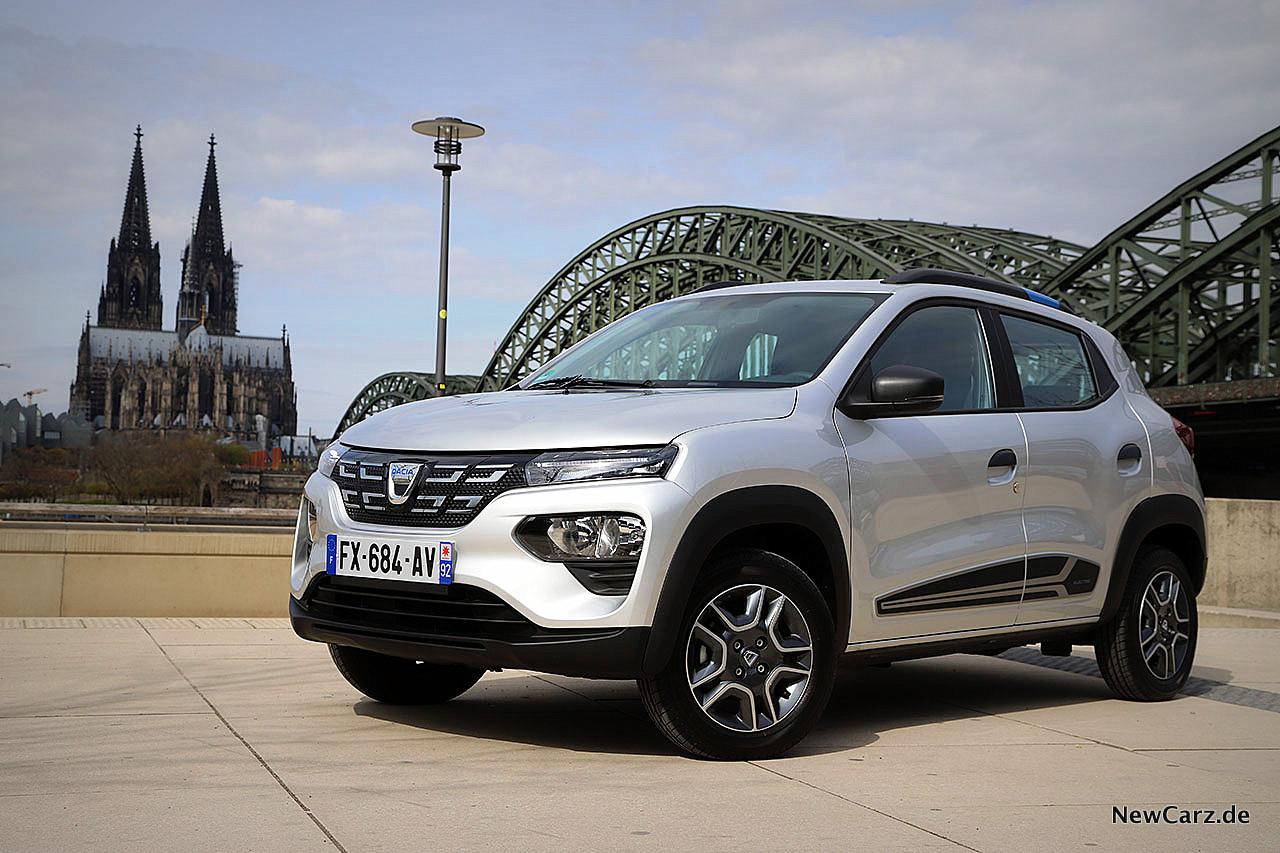 Erstkontakt-Dacia-Spring-Vollelektrische-Leichtigkeit