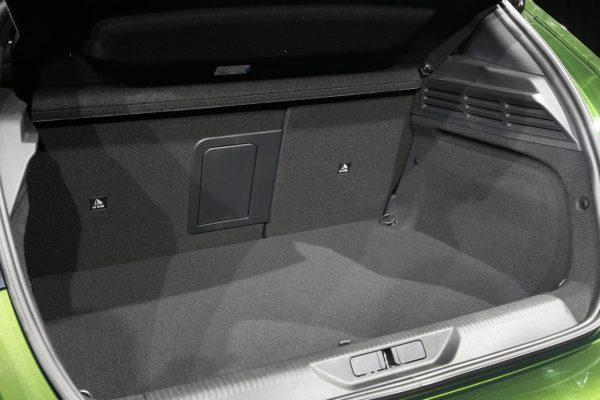 Peugeot 308 2021 Kofferraum