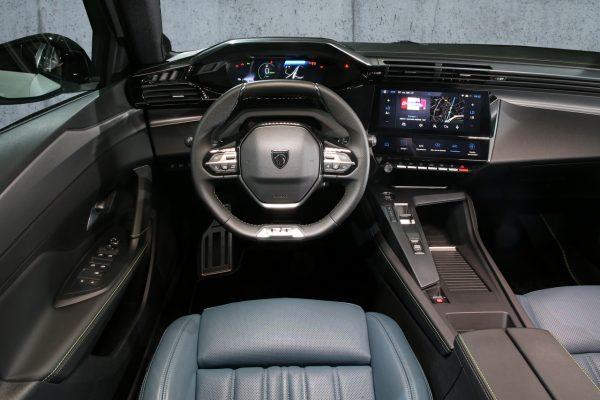 Peugeot 308 2021 Innenraum