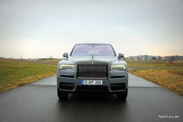 Rolls-Royce Cullinan Black Badge Front