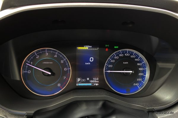 Subaru Impreza e-Boxer Tacho