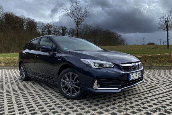 Subaru Impreza e-Boxer Blau