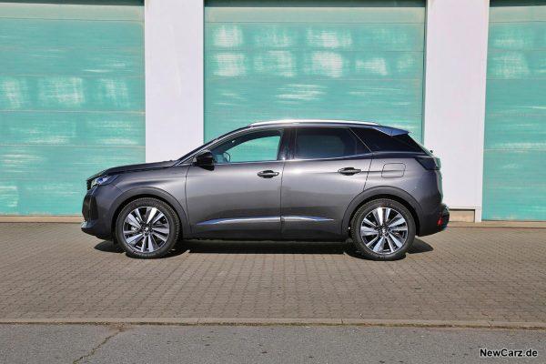 Peugeot 3008 Hybrid4 Seite