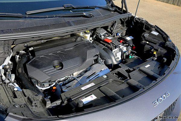 Motorraum Hybrid 3008