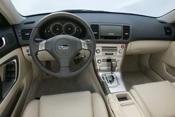 Subaru Outback 2004 Interieur