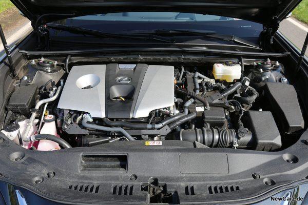 Motorraum Lexus ES 300h