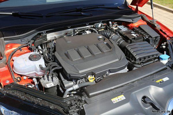 Motorraum Superb Diesel