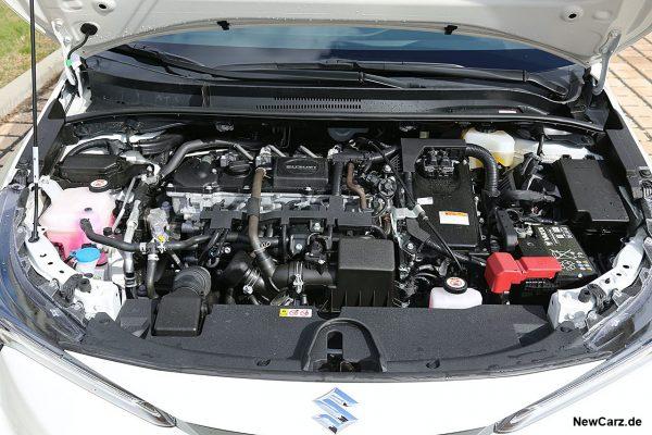 Motorraum Swace
