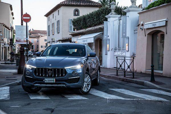 Maserati Levante GT Hybrid urban