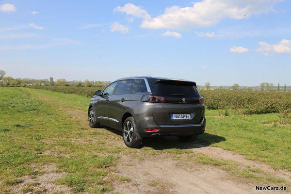 Peugeot 5008 Facelift schräg hinten links