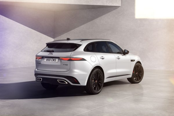 Jaguar F-Pace Black Pack Heck