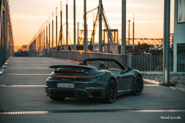 Porsche 911 Turbo S Cabrio Lichtleiste