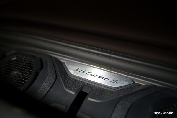 Porsche 911 Turbo S Cabrio Motor