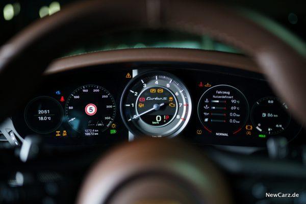 Porsche 911 Turbo S Tachoeinheit