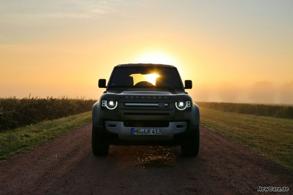 Land Rover Defender 110 Sunrise