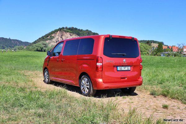 Peugeot Traveller schräg hinten links