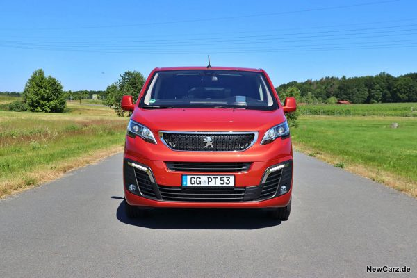 Peugeot Traveller Frontbereich