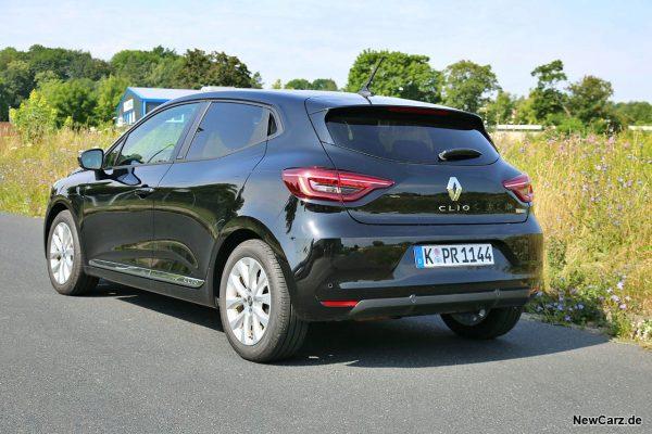 Renault Clio Hybrid schräg hinten links