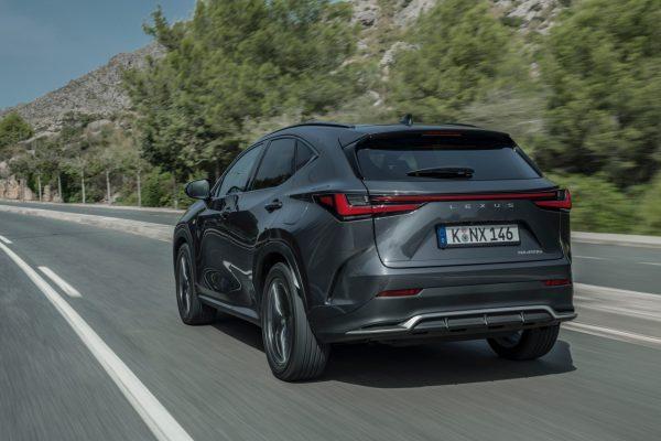 Lexus NX onroad