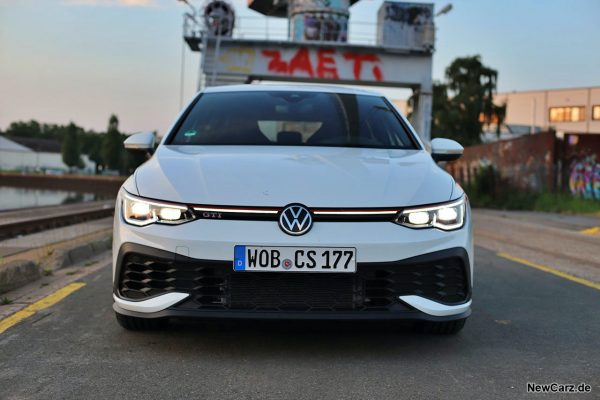 VW Golf GTI Clubsport Front